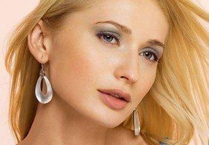 Как сделать новогодний макияж для блондинок